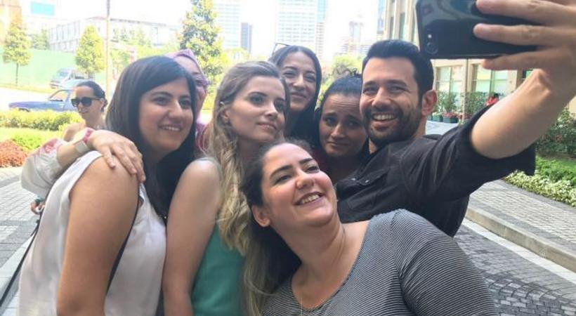 Keremcem fanları 'Kimse Bilmez' setini bastı!