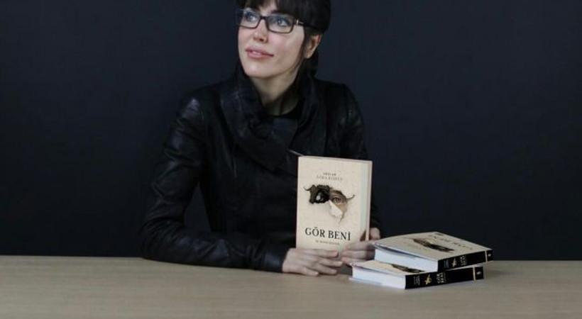 Azra Kohen'den yeni kitap: Gör Beni – İki Devrin Hikâyesi