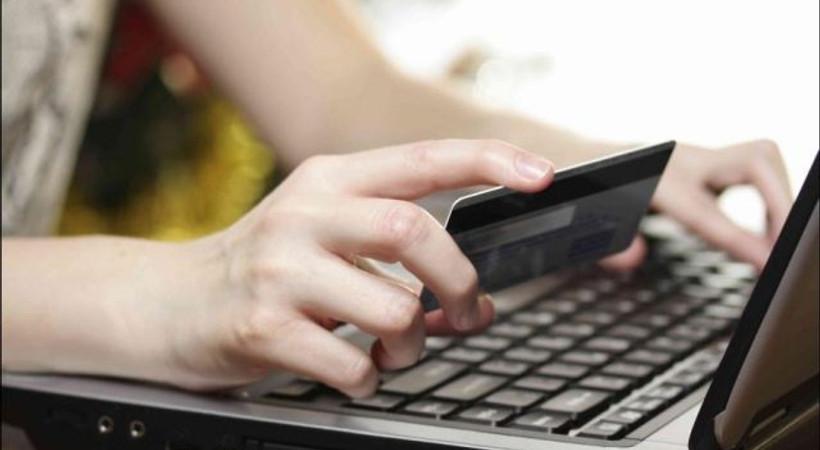 İnternetten alışveriş yapanlara 'sanal kart' uyarısı