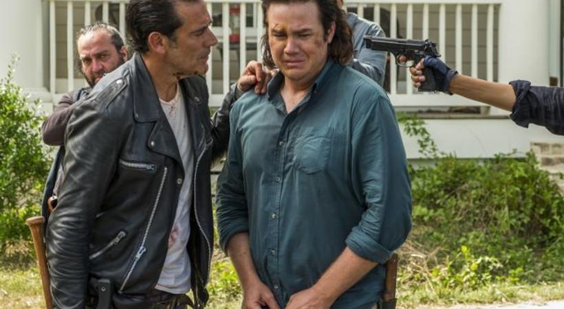 Kim daha zalim zombiler mi? İnsanlar mı? The Walking Dead'en Türkiye'ye özel açıklama
