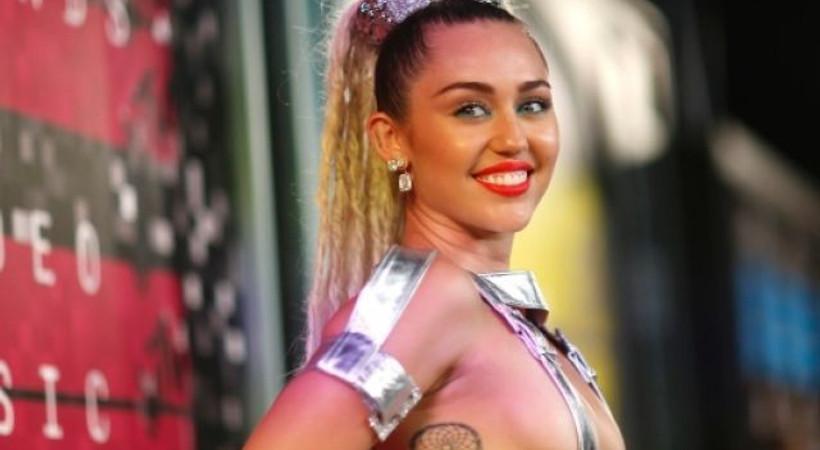 Ünlü yıldız Miley Cyrus saldırıya uğradı!