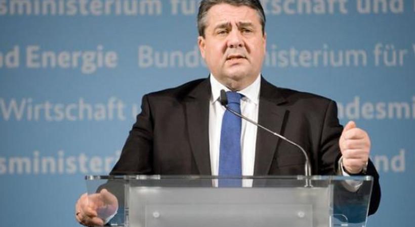 Almanya'dan Türkiye'ye Deniz Yücel uyarısı