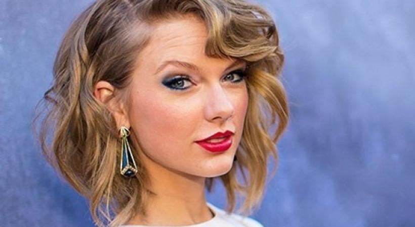 Dünyaca ünlü şarkıcı 2 porno sitesinin alan adlarını satın aldı