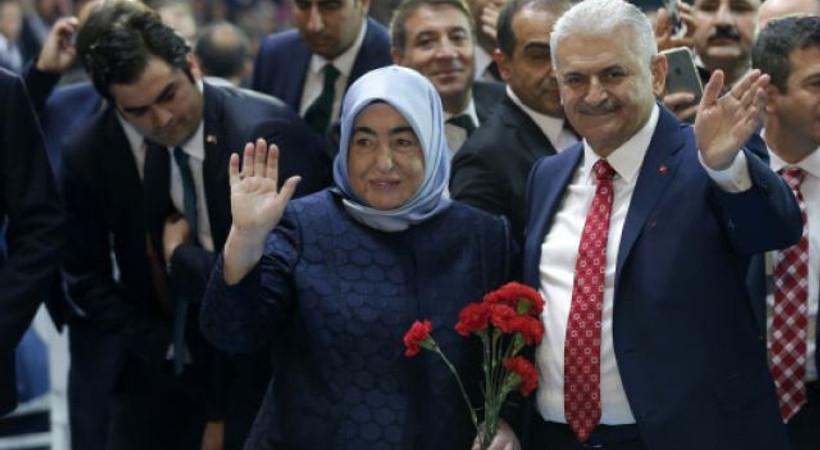 Binali Yıldırım, AKP'nin 3. Genel Başkanı oldu; Erdoğan hükümeti kurma görevini verdi!