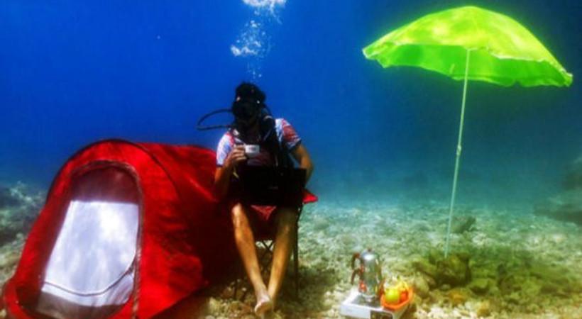 Söz dizisinin yıldız oyuncusu denizin altında kamp kurdu