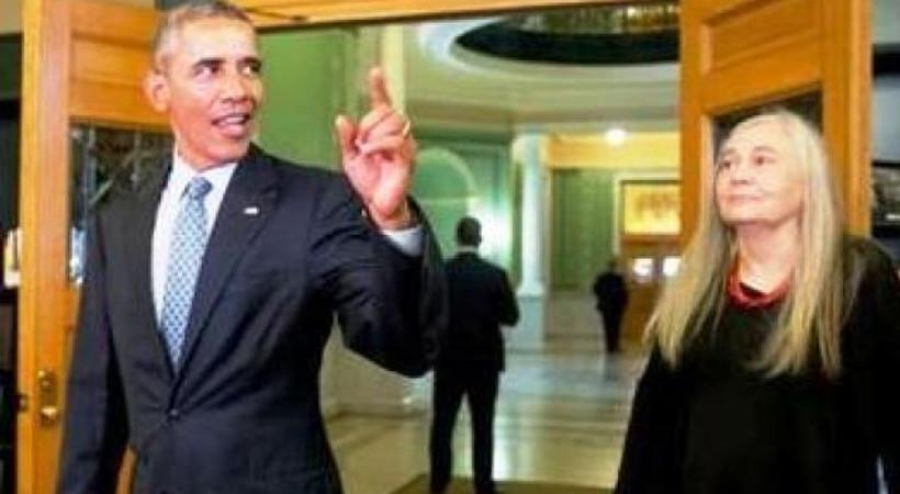 Bu kez soruları Obama sordu ödüllü yazar yanıtladı