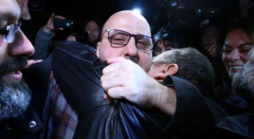434 günlük mahkumiyetin ardından ilk haber! Ahmet Şık, siyasi kulisleri hareketlendirdi
