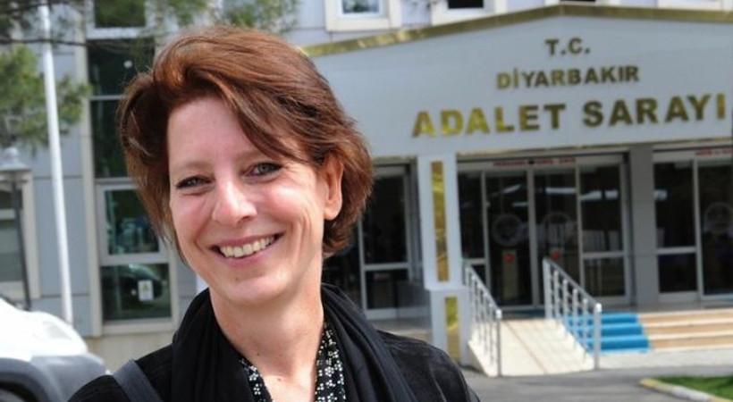 9 yıldır Türkiye'de yaşayan Hollandalı gazeteci sınır dışı edildi