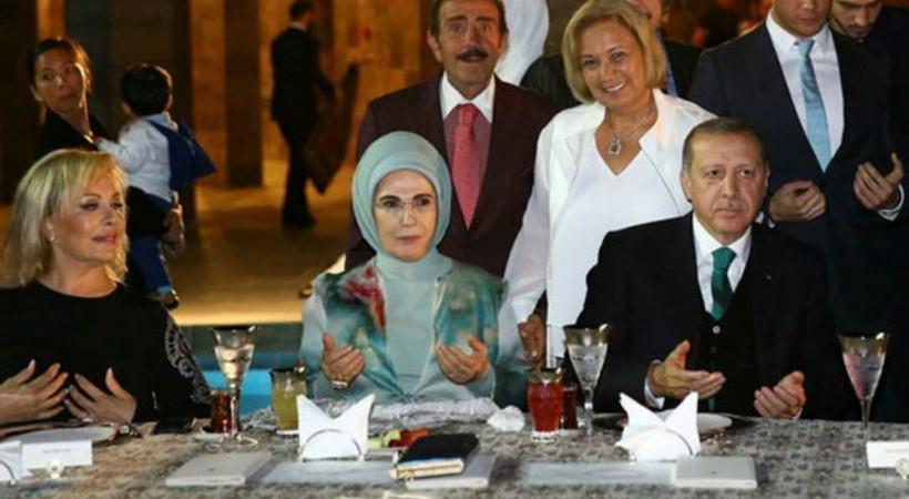 Cumhurbaşkanı Erdoğan'dan sanatçılara iftar daveti