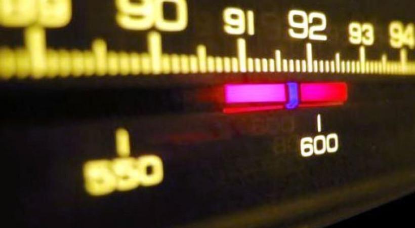 Kadınlar daha çok radyo dinliyor!