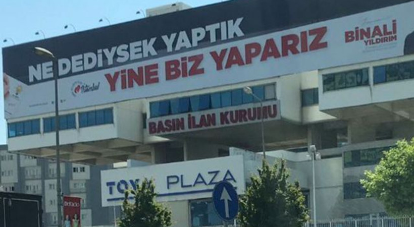 'Basın İlan Kurumu binasına Binali Yıldırım afişi asıldı!'