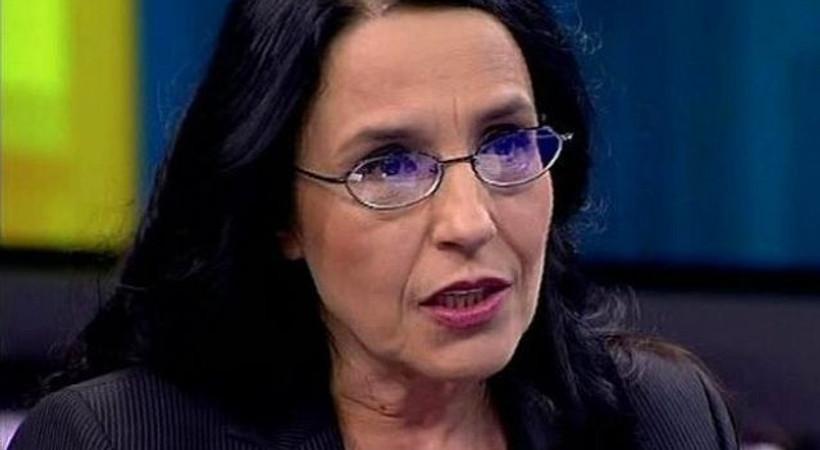 Tarihçi yazar Ayşe Hür hakkında suç duyurusu