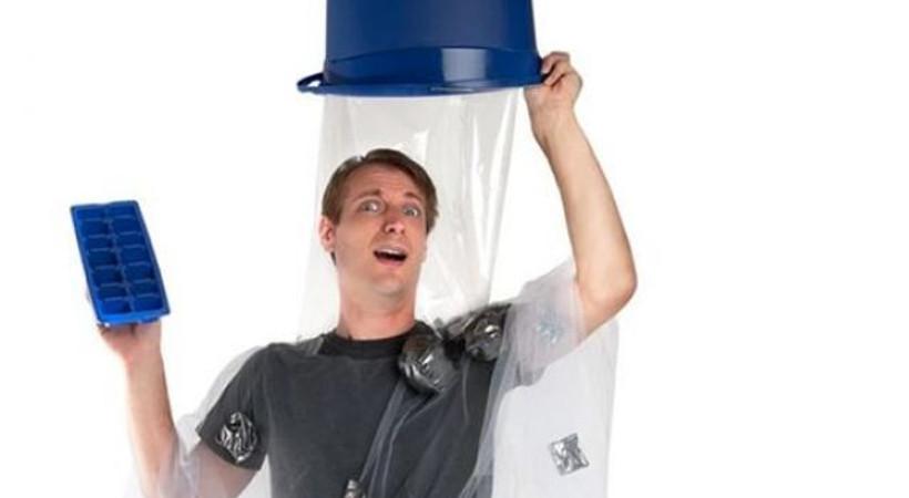 Bucket Challenge'ın kostümü çıktı!