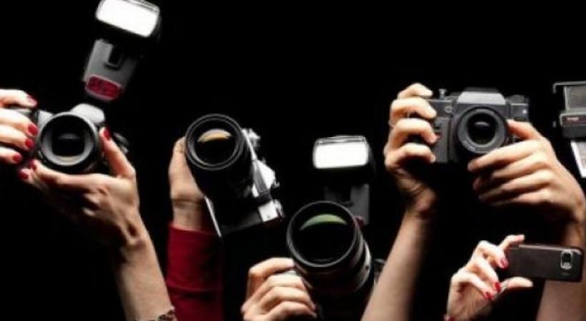 Kıbrıs'ta siyasete yön verenler listesindeki tek Türkiyeli gazeteci kim?