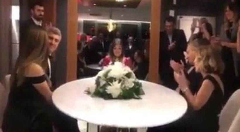 Ünlü oyuncunun nikahından ilk görüntü!