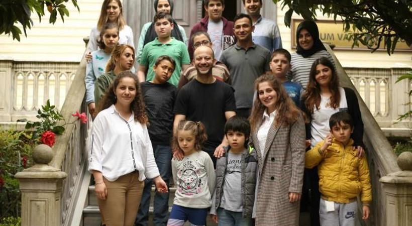 Çukur'un Aliço'su otizmli çocuklarla bir araya geldi!