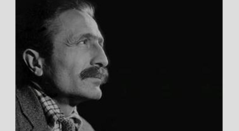 Özdemir Asaf'ın gayriresmi portresi