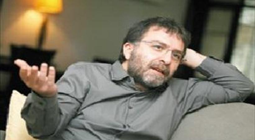 Ve top Ahmet Hakan'da! Hürriyet yazarı, Levent Kırca'ya ne cevap verdi?