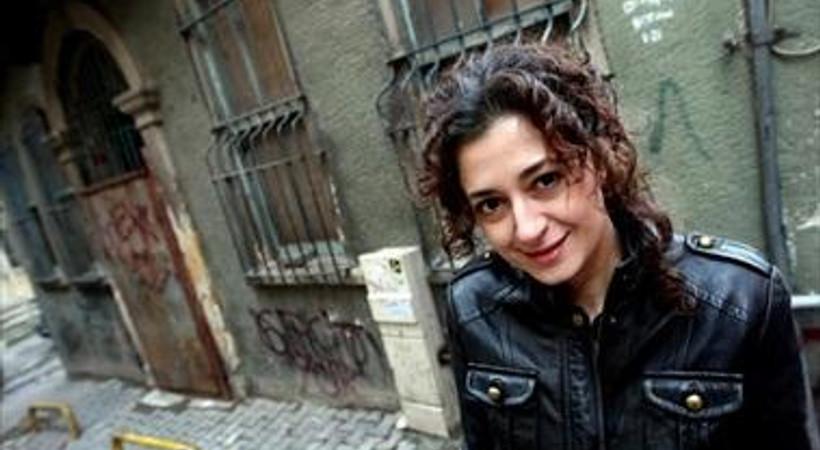 Habertürk mağduru köşe yazarından meslektaşına destek!