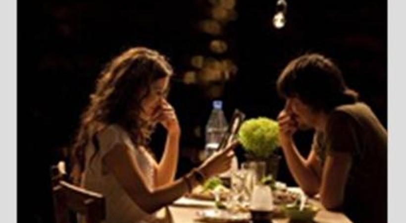 """""""Aşk Tesadüfleri Sever"""" Azerbaycan'da vizyona giriyor"""