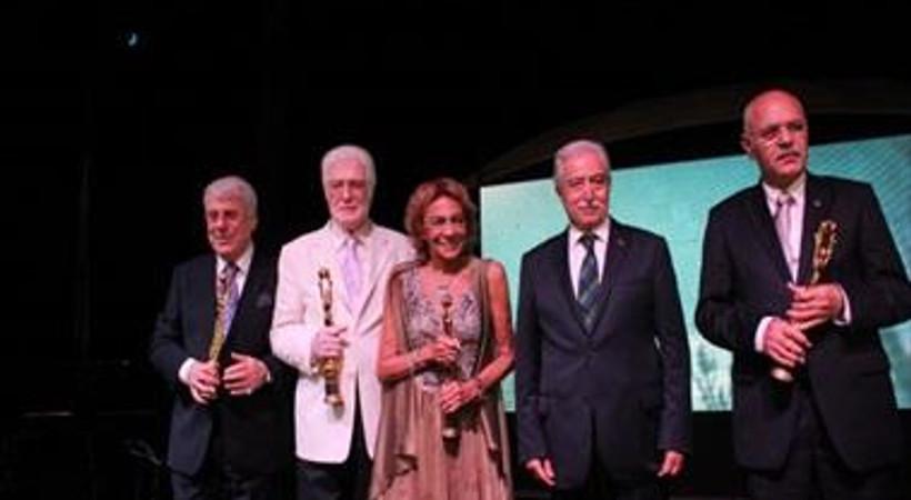 Altın Koza'da ilk ödüller verildi!