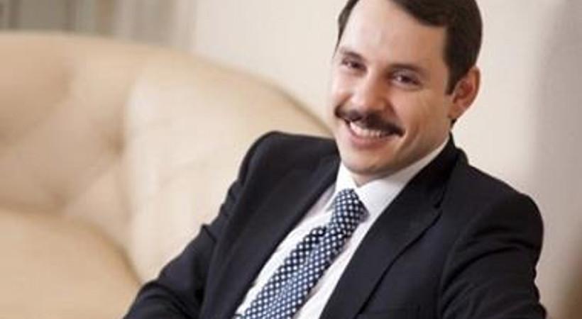 Başbakan Erdoğan'ın damadı köşe yazarı oldu!