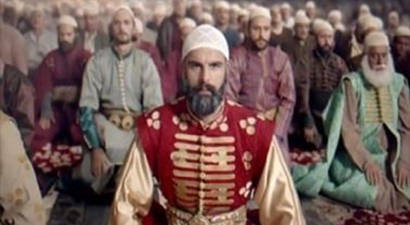 'Bu kadar düzgün Türkçe günümüzde bile yasak'