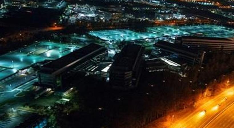 Dinleme yapılan binaları helikopter kiralayıp görüntüledi