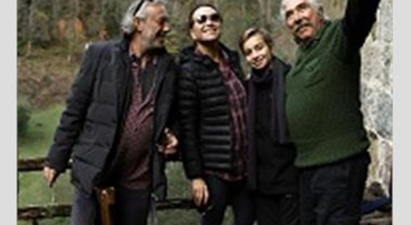 Dizi çekimleri aileyi Çamlıhemşin'de buluşturuyor