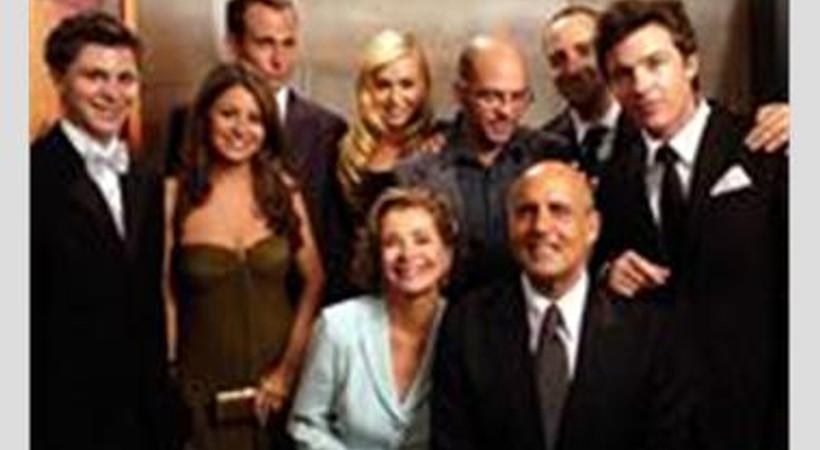 Emmy ve Altın Küre ödüllü dizi ekrana dönüyor!