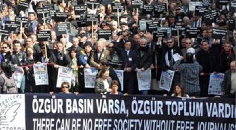 Gazetecilerden KCK Basın Davası için çağrı!
