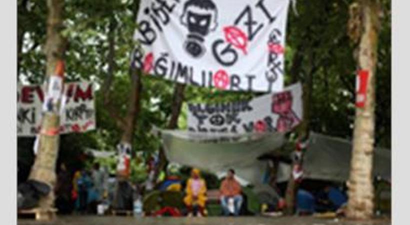 Gezi Direnişi'ne dair bir kitap: Devrim Taksim'de Göz Kırptı