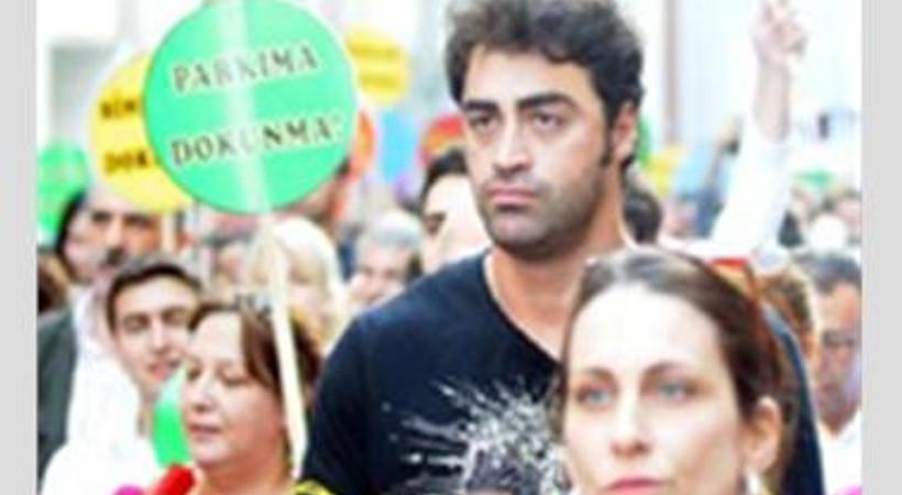 Gezi Parkı eylemlerine katılan ünlü oyuncu, işinden oldu!