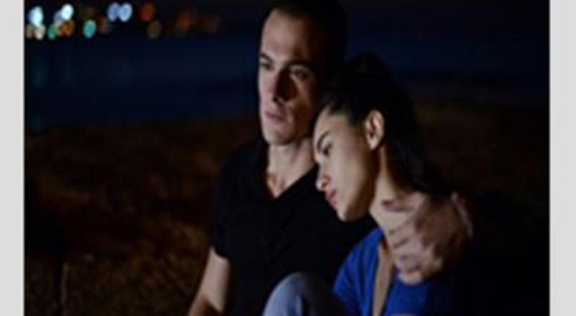 'Güneşi Beklerken'de Zeynep gerçekle yüzleşiyor