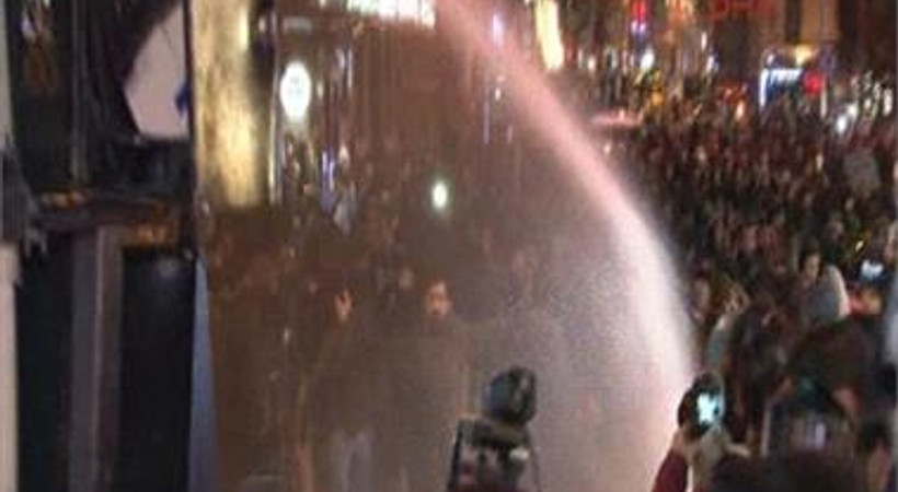 'İnternetime Dokunma' eyleminde polis müdahalesi