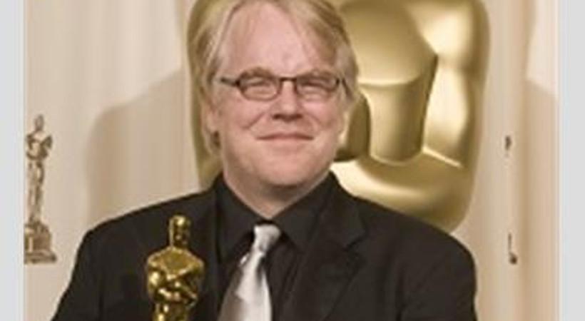 Ünlü aktör, son yolculuğuna gözyaşlarıyla uğurlandı