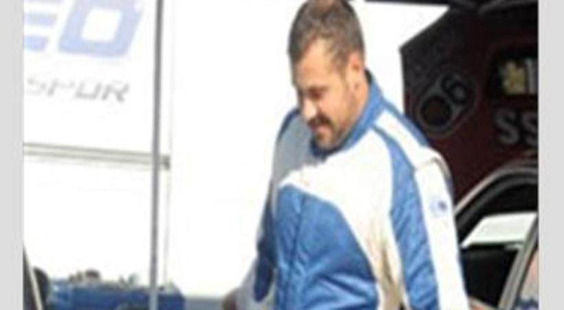 Otomobil yarışlarına katılan 'Doksanlar'ın oyuncusu kaza atlattı