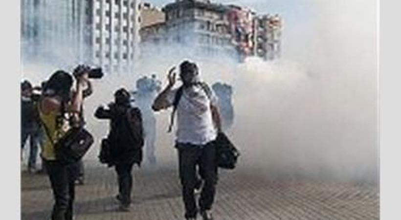 Polis şiddetiyle üç gazeteci yaralandı!