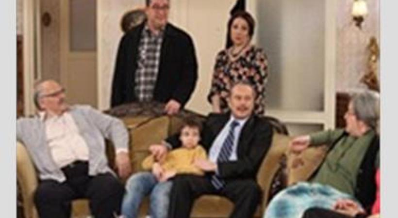 """""""Seksenler"""" yeni sezonu açıyor. Yeni sezonda Çınaraltı Mahallesi'nde neler değişecek?"""