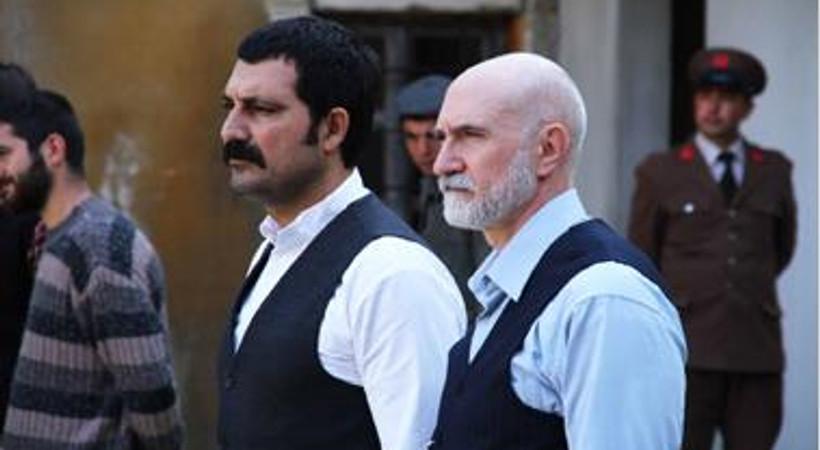 'Tatar Ramazan'ın başrol oyuncusu ve yönetmeni arasında kriz yaşandı mı? İşte ikilinin açıklaması!