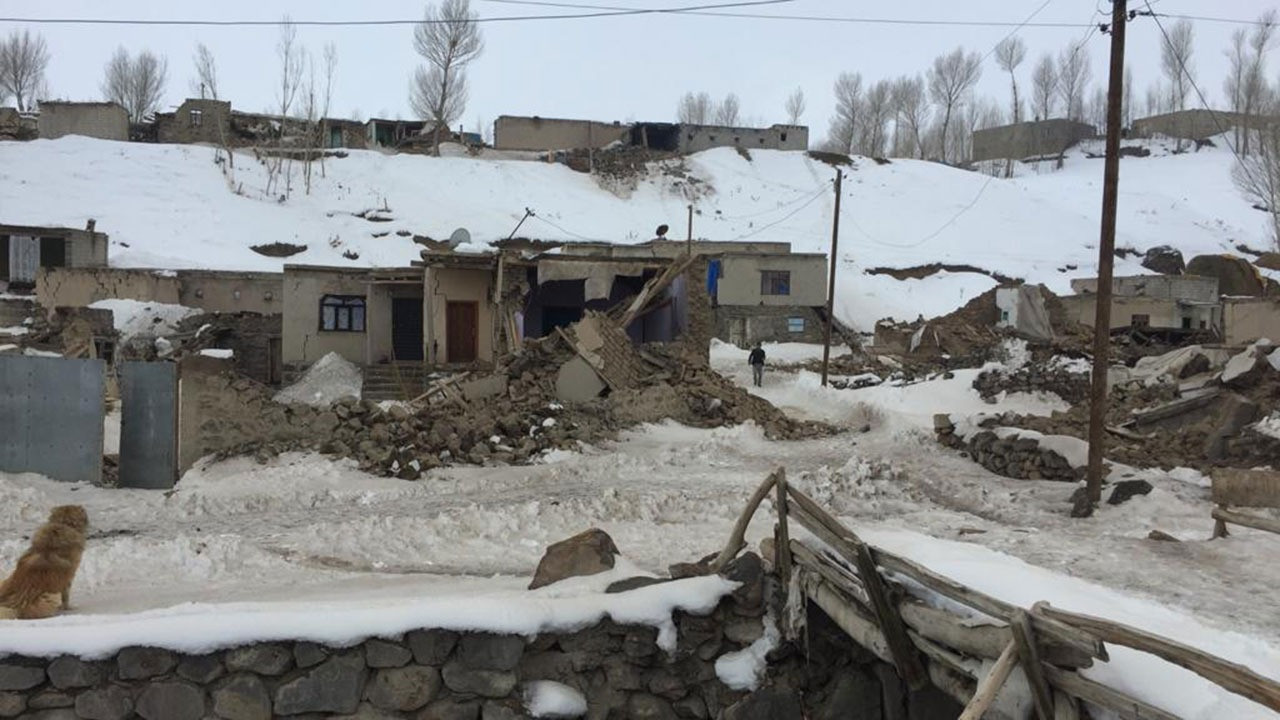 Türkiye İran sınırında deprem