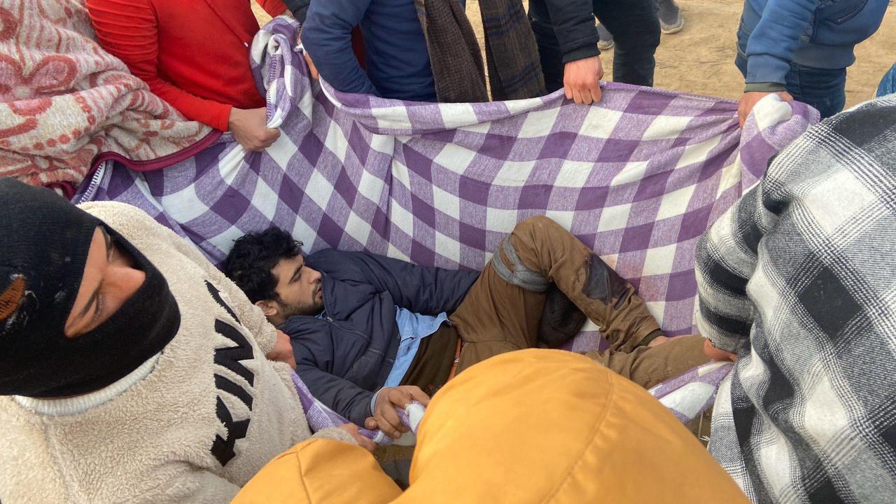 Yunan askeri göçmenlere ateş açtı
