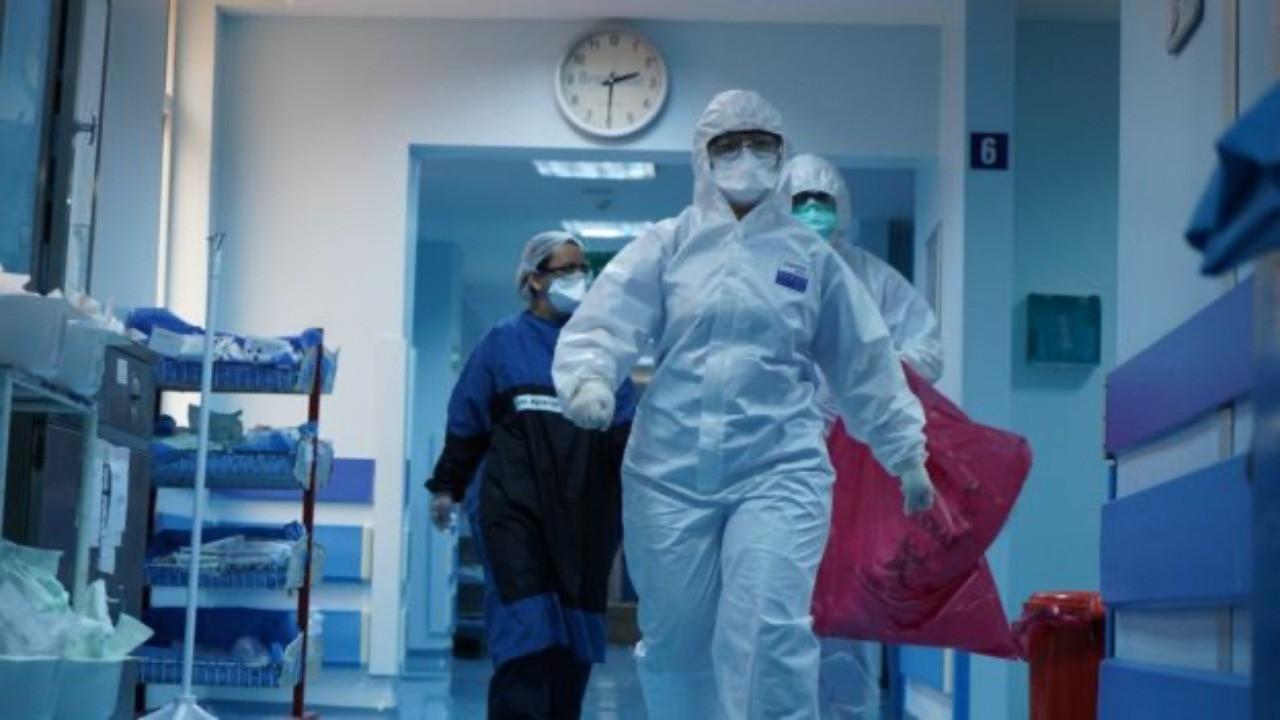 Cerrahpaşa'da bir gün! Koronavirüsle savaşın ön cephesinde neler yaşanıyor?
