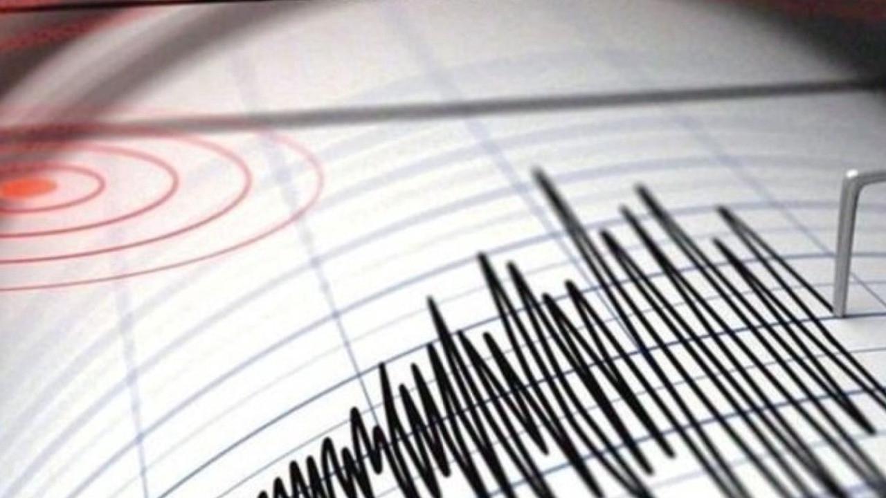 Manisa'da şiddetli deprem!