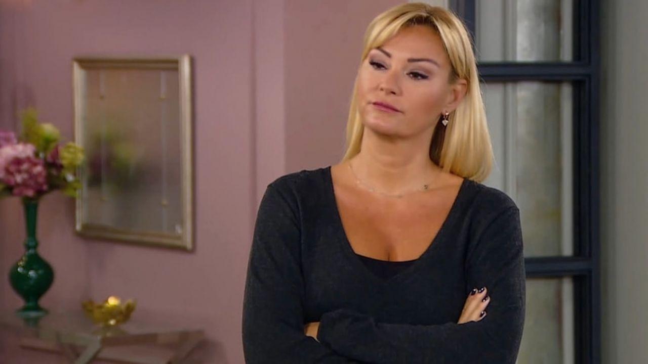 Pınar Altuğ takipçisinin yorumuna tepki gösterdi