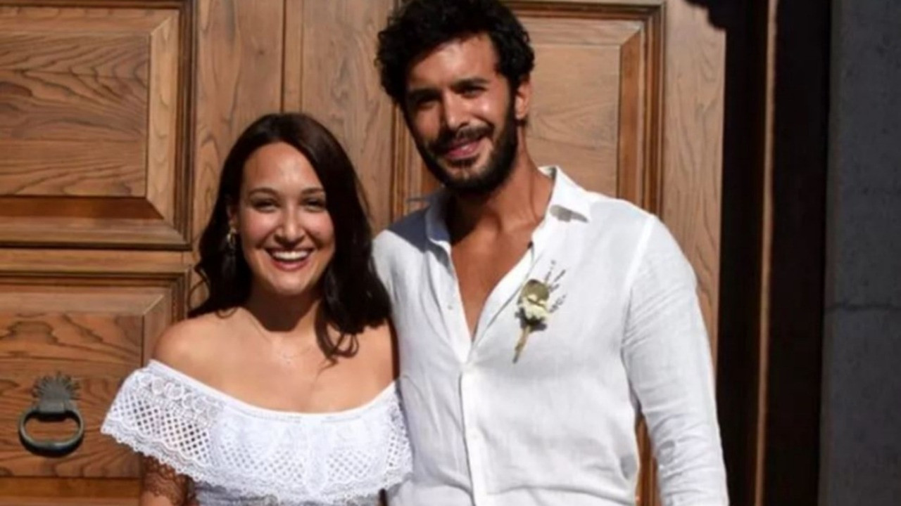 Gupse Özay ve Barış Arduç evlendi!
