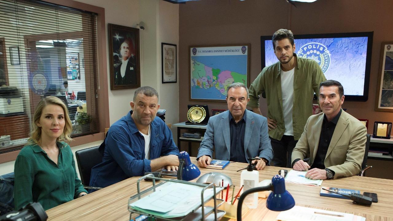 Arka Sokaklar kadrosuna üç yeni oyuncu! 15. sezondan ilk kareler paylaşıldı