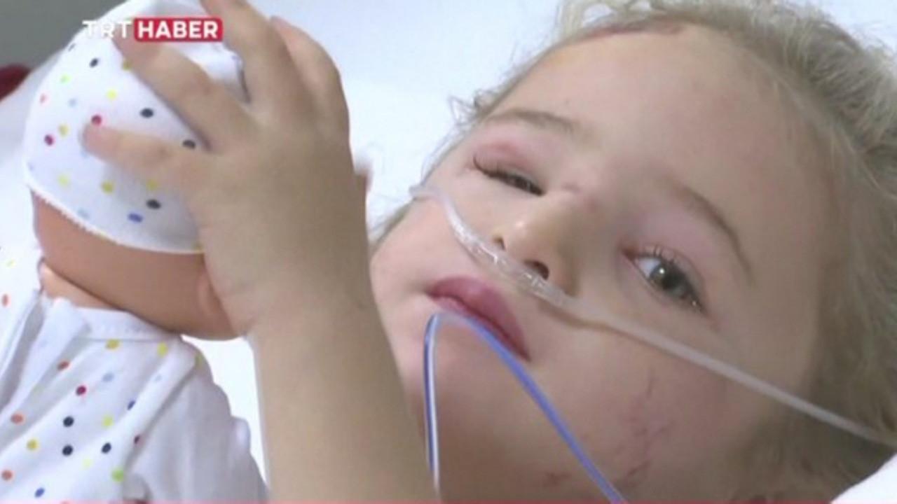 Enkazdan 65 saat sonra çıkarılmıştı... Minik Elif'in hastaneden ilk görüntüleri!