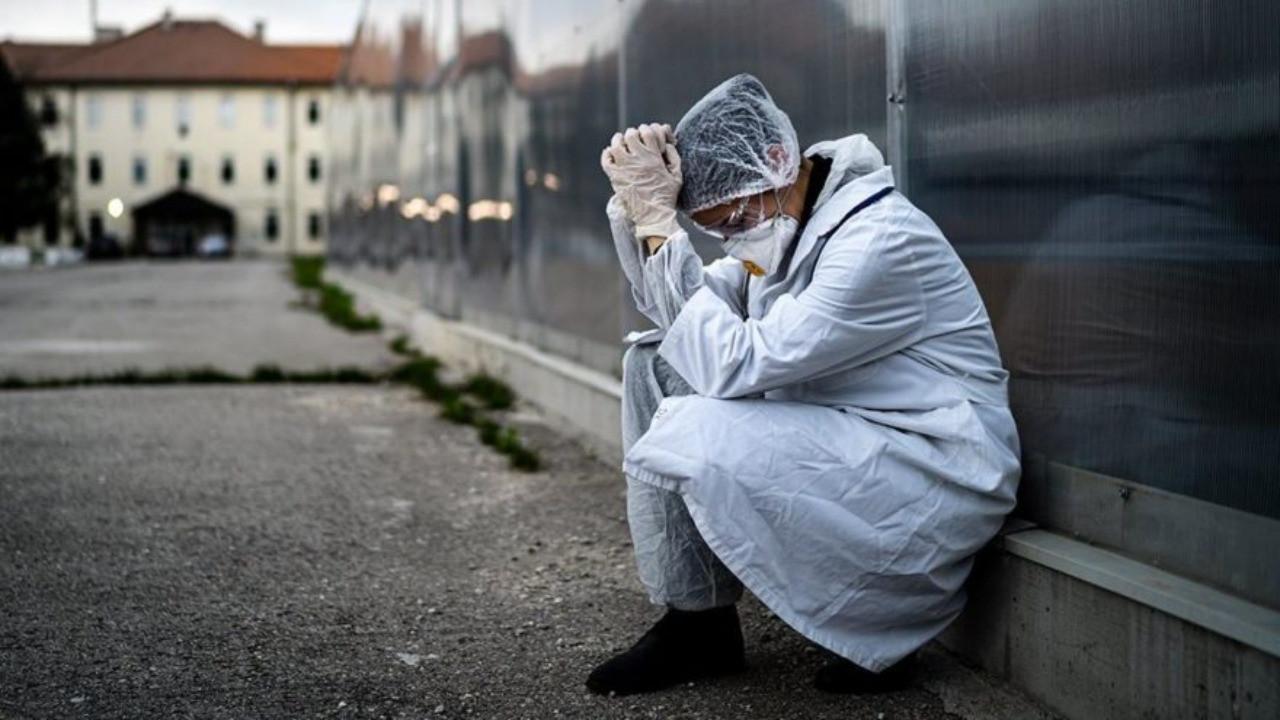Bir günde altı sağlık çalışanı hayatını kaybetti!
