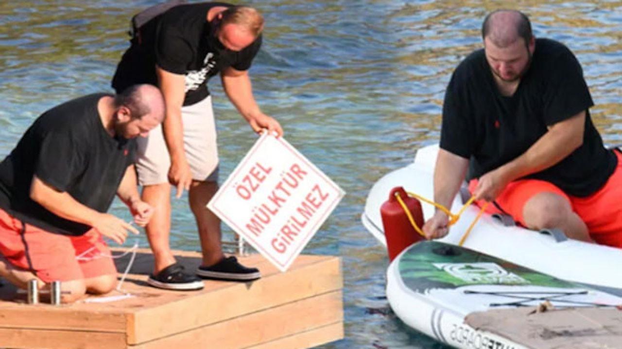 Marmaris'te ıssız bir koyda yazlık satın alan Şahan Gökbakar günübirlik teknelere karşı